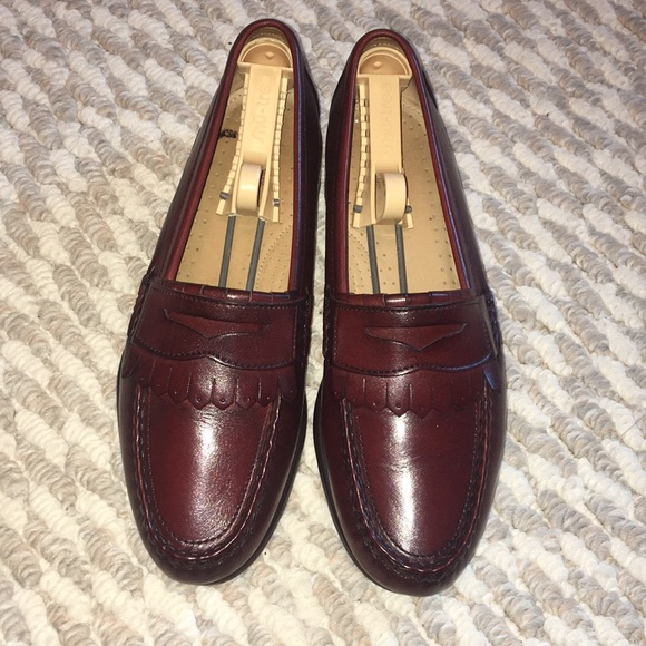 Bass Other - Bass brown leather shoe size 7